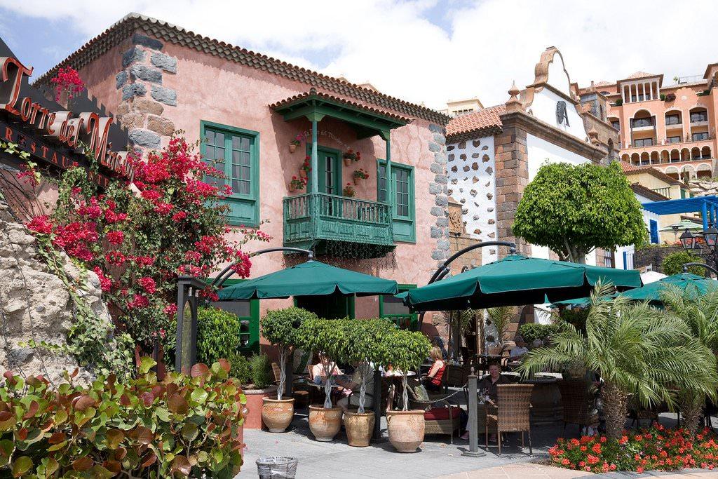 Villa Rental Taragonna