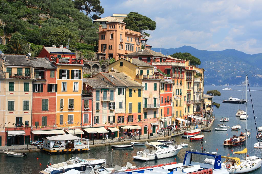 Genoa Pictures | Photo Gallery of Genoa - High-Quality Collection ...