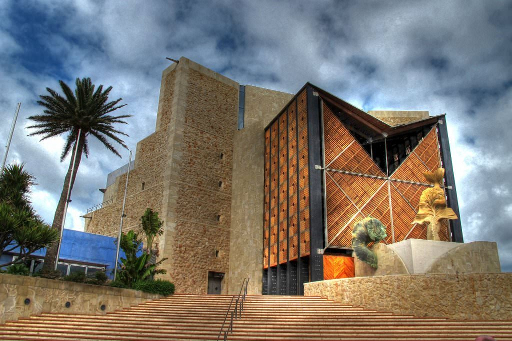 Gran canaria pictures photo gallery of gran canaria high quality collection - Alfredo kraus auditorio ...