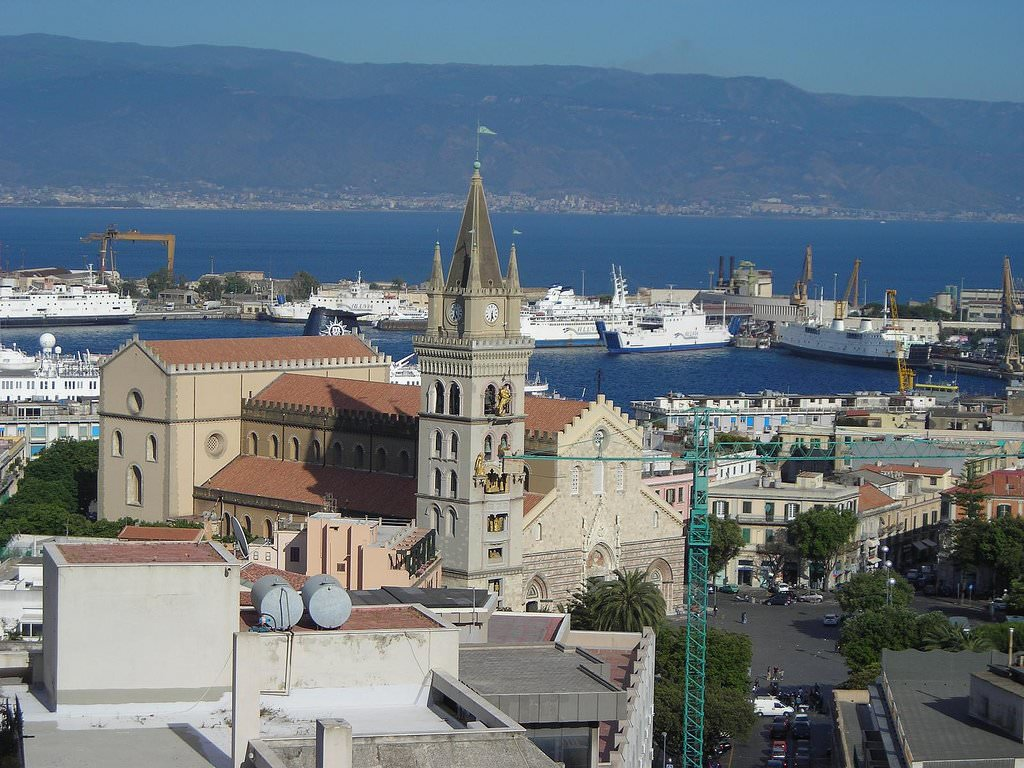 Messina Pictures | Photo Gallery of Messina - High-Quality ...