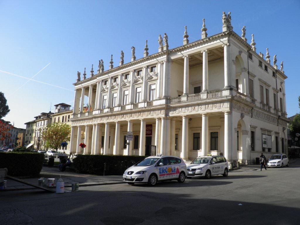 Car Rental Sorrento To Rome