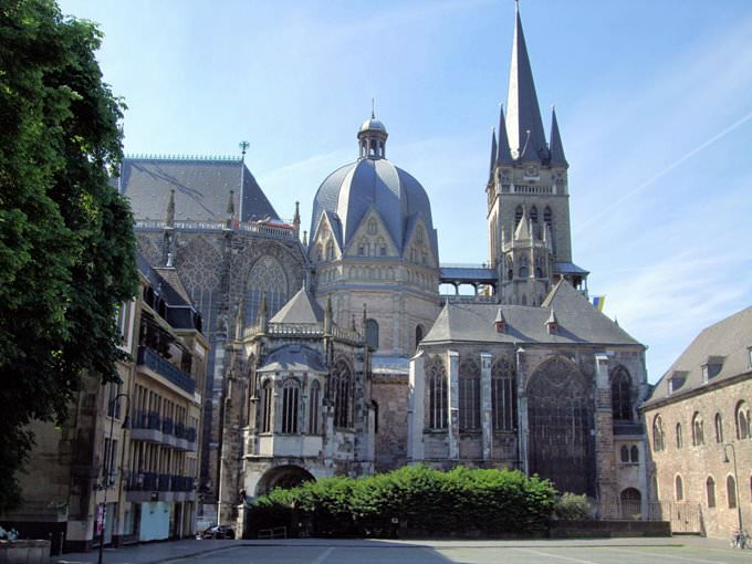Aachen Cathedral And Palatine Chapel