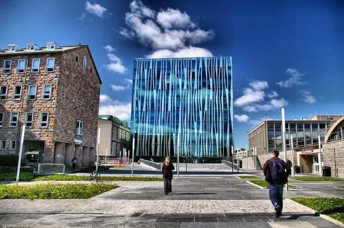 Aberdeen University New Library 8