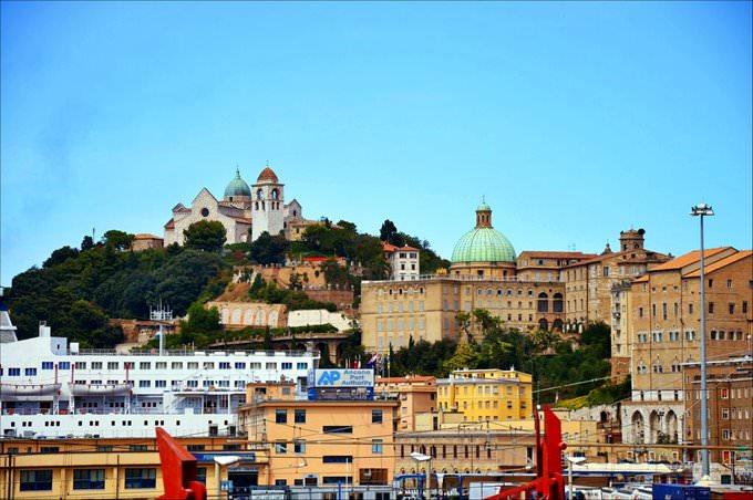 Купить недвижимость у моря в Италии, Продажа на море
