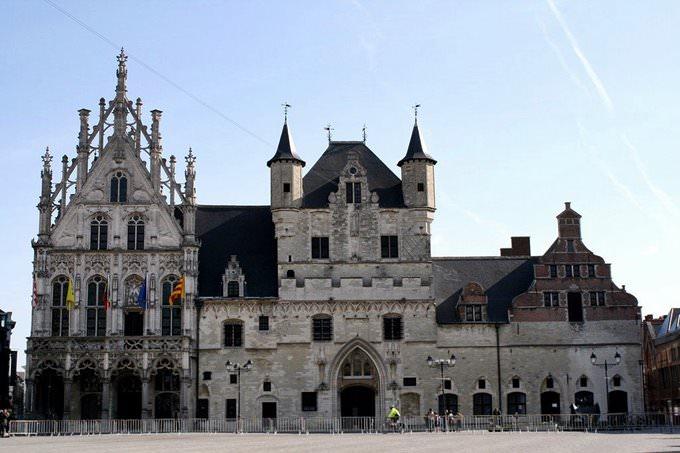 Mechelen: Stadhuis (Town Hall)