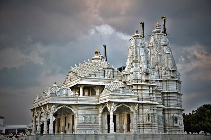 Shri Parshwa Sushil Dham - Attibele - Bangalore