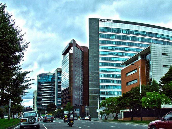 Centro Empresarial Santa Barbara - Bogota