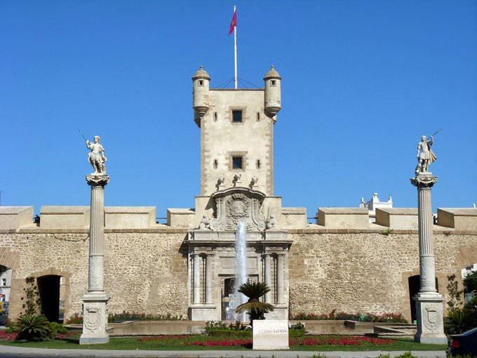 Puerta Tierra, Cadiz