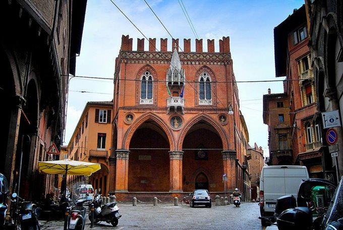 Die Besten Hotels In Bologna