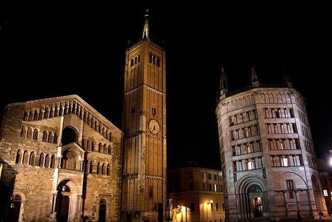 Shopping in Emilia-Romagna: beliebte Outlets, Einkaufszentren und ...