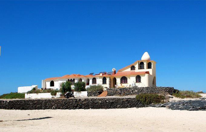 Modernista Beach House