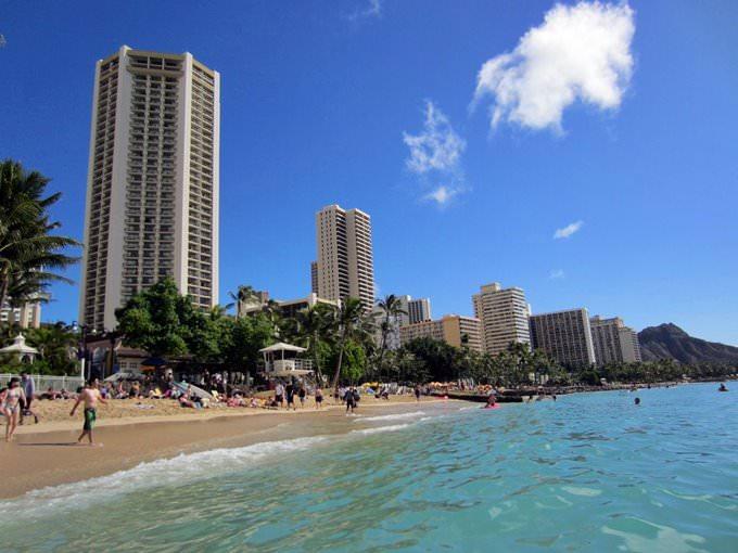 Hawaii / Honolulu: Keepin it real at Waikiki
