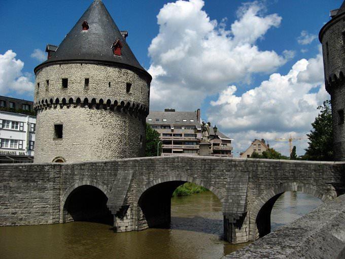 Bridge tower, Kortrijk