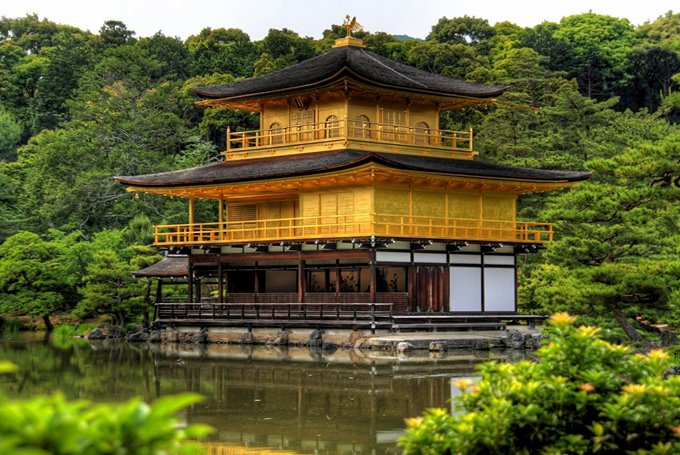 Goldener-Pavillon-Tempel