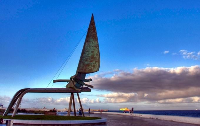Ceñida, monumento homenaje a la vela latina canaria -  Las Palmas de Gran Canaria