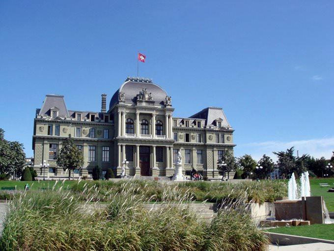 Palais de Justice in Montbenon