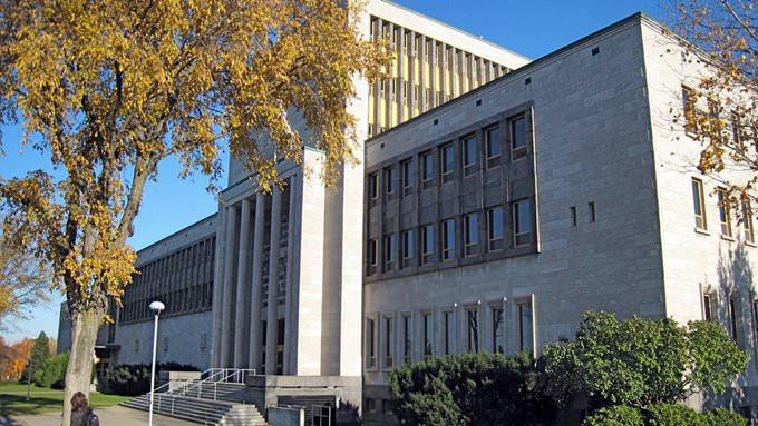 Faculté de Commerce, Univeristé Laval