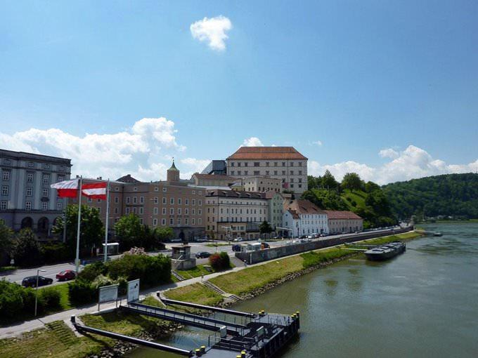 Kunstuniversität Linz, Donaulände