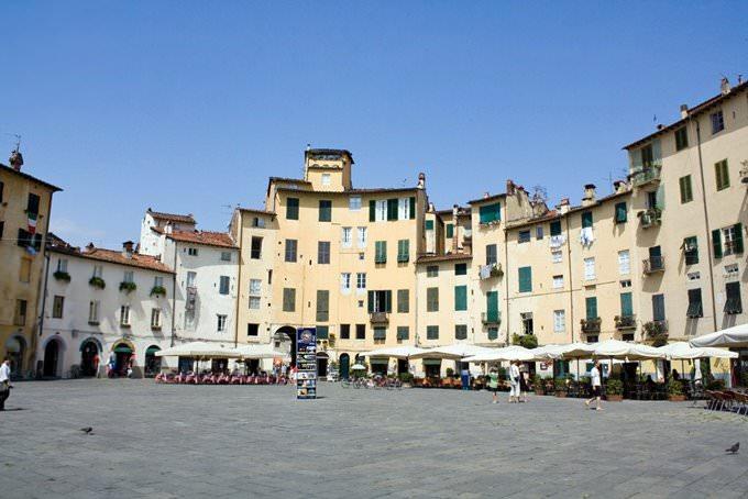 Anfiteatro Romano, Lucca