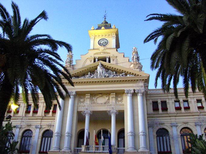 Malaga: Ayuntamiento, City Hall, Rathaus, Hotel de Ville