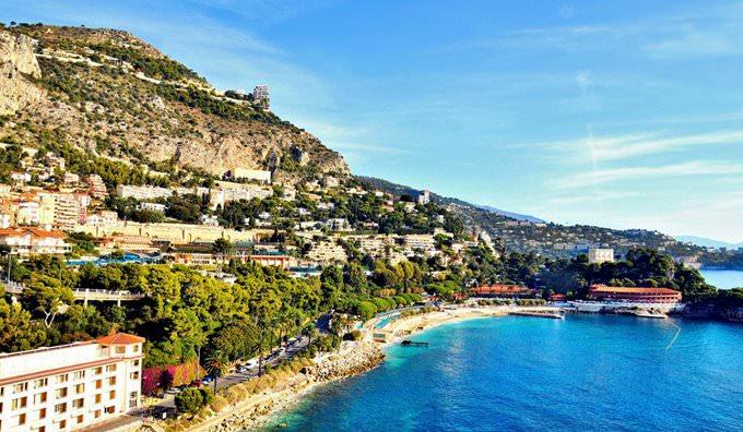Monte-Carlo coast