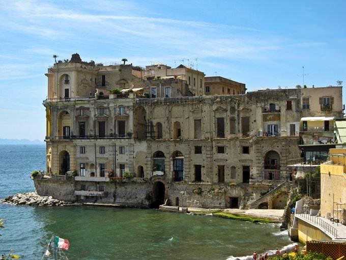 Napoli - Alla scoperta di Via Posillipo