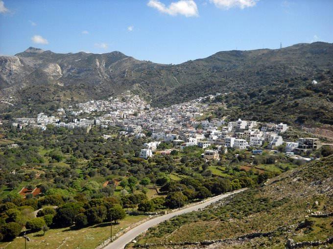 Ein Dorf im Zentrum von Naxos