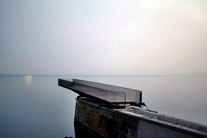 neuchatel lake
