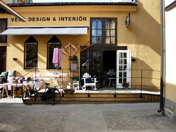 Knäppingsborg I: Shop