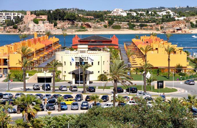 Hotel Tivoli Arade