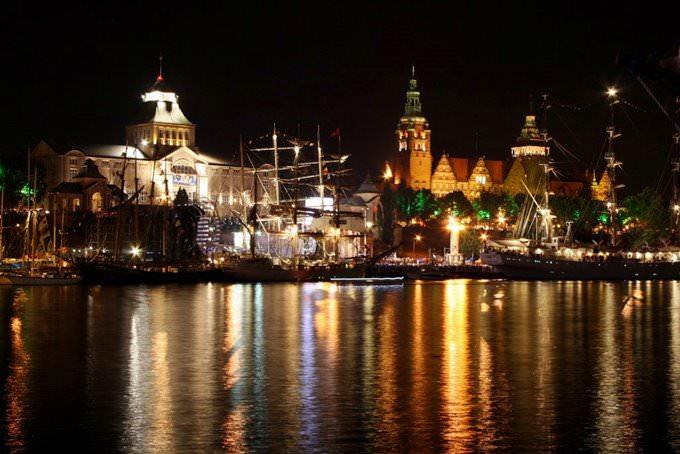 Szczecin by night (as seen from Łasztownia)