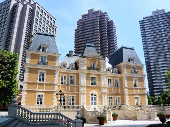 Monaco Place Apartments