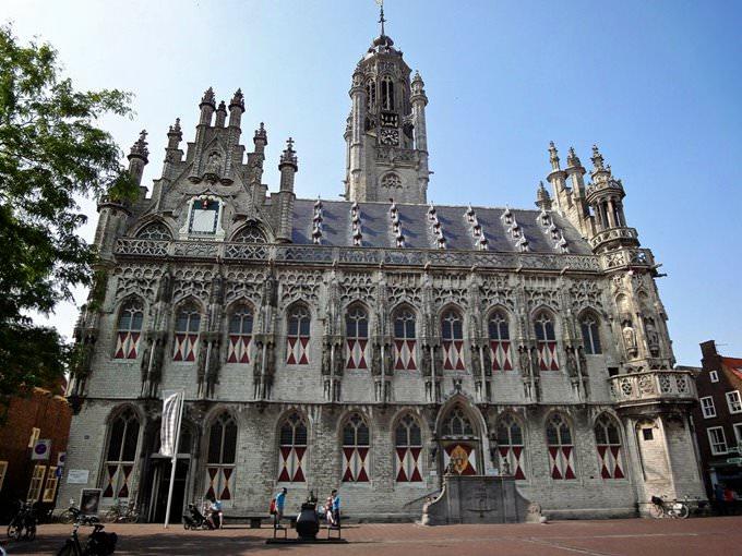 Stadhuis van Middelburg aan de Markt