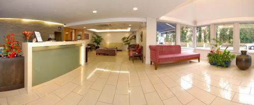Фото 6 - Best Western Donnington Manor Hotel