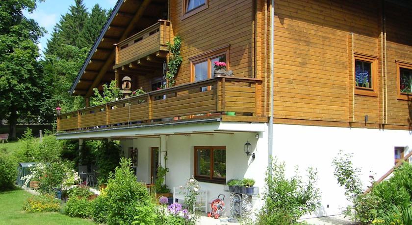 Фотография отеля Ferienwohnung im Harz-Haus-Bruns