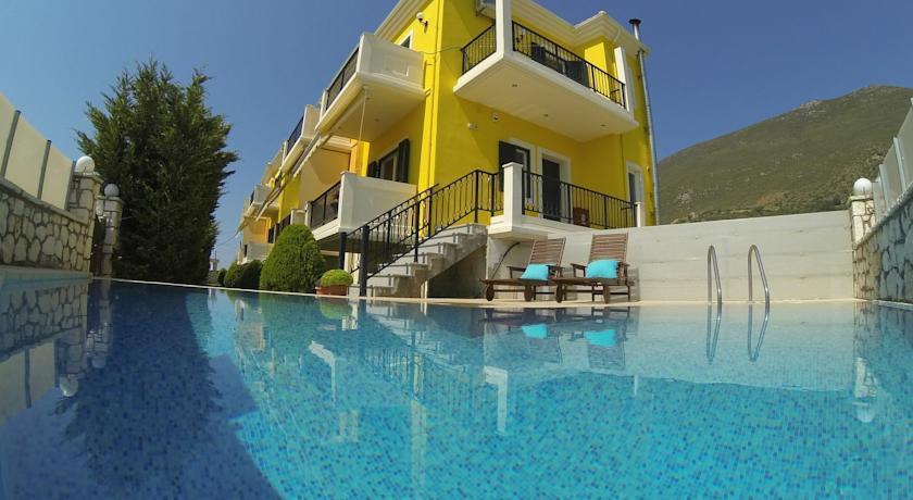 Отель в Лефкада на берегу моря