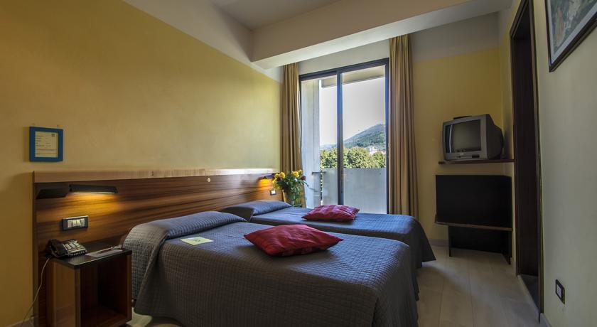 Отель art hotel milano Прато Цены фото отзывы и бронирование