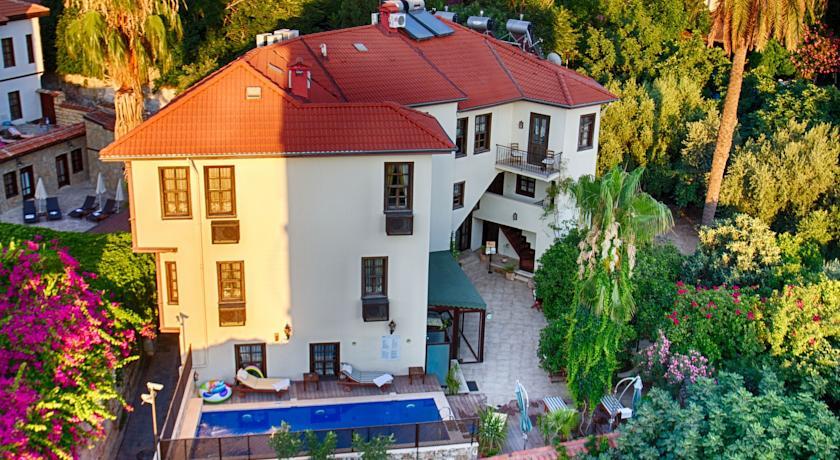 Фотография отеля Deja Vu Hotel