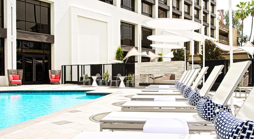 Фотография отеля Crowne Plaza Beverly Hills