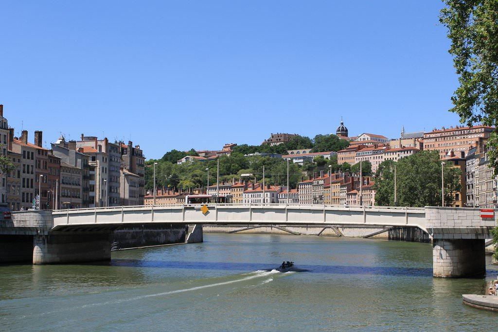 Trans à Limoges Avec Photos Réelles Et Certifiées