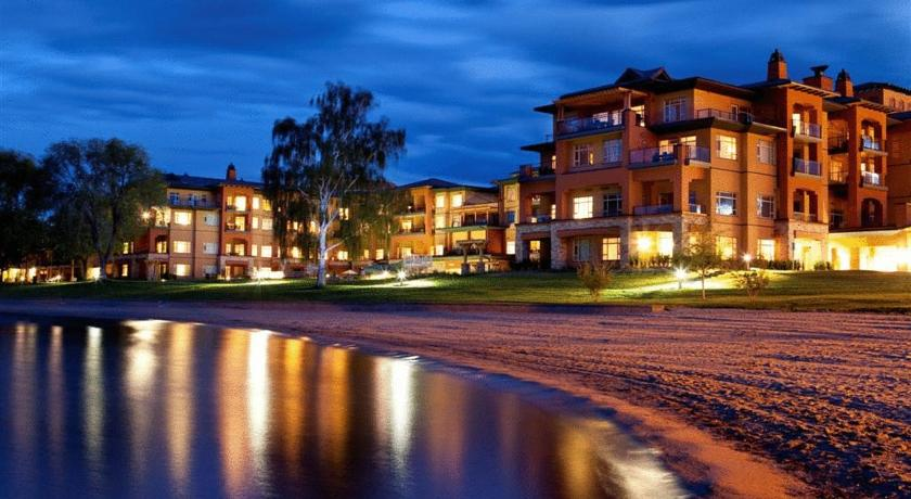 Отель Watermark Beach Resort Осойуз